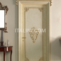 S. PIETROBURGO 1010/QQ/INT. Antiqued coated white-gold with carving Classic Wood Interior Doors - №30
