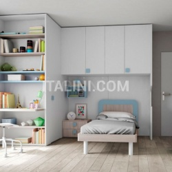 Bedroom with overbed unit 25 - №29