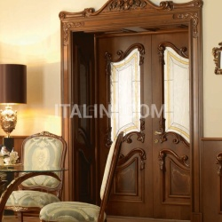 "PALAZZO REALE 2/A 1032/QQ/INT/V frame with wainscoting casing with cyma Palazzo Reale italian walnut topcoat ""antiquariato"" Classic Wood Interior Doors - №64"