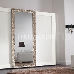 Luxor wardrobe, white lacquer, white engraved glasses, carved frame coated with antique silver leaf - №50