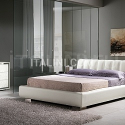 KUBE  line, pickled ash-wood/steel _ AXOR bed, white leather and storage container - №36